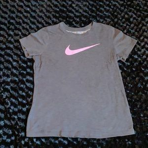 Nike Size M Tee 👚